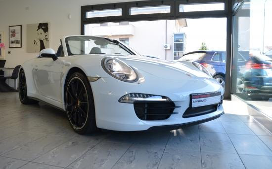 Porsche Carrera bianca