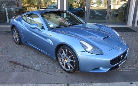 Ferrari California Blue