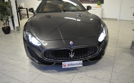 Maserati Fronte